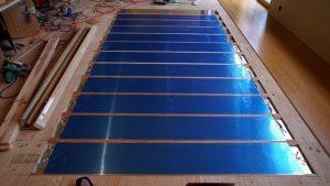 電気式床暖房システム 広い部屋でも足元は暖か。