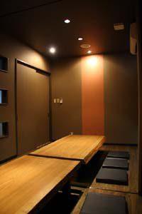 電気式床暖房システム「ゆか暖らん」は、『会席料理 和さ美』の掘りごたつにも使用されています。