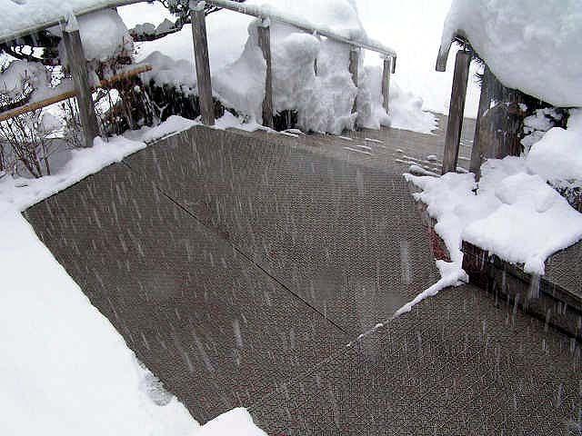 形状自由の融雪マット