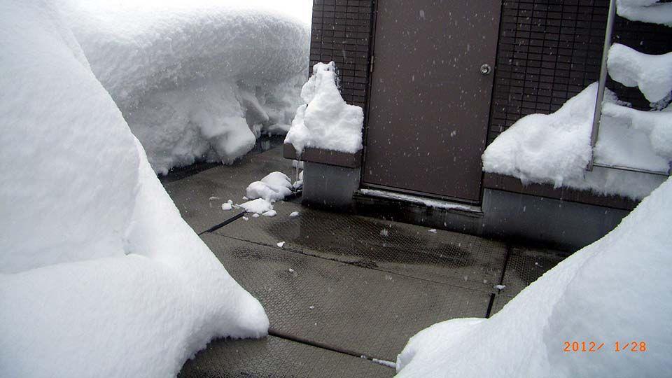 オーダーメイドタイプ融雪マット敷設例1