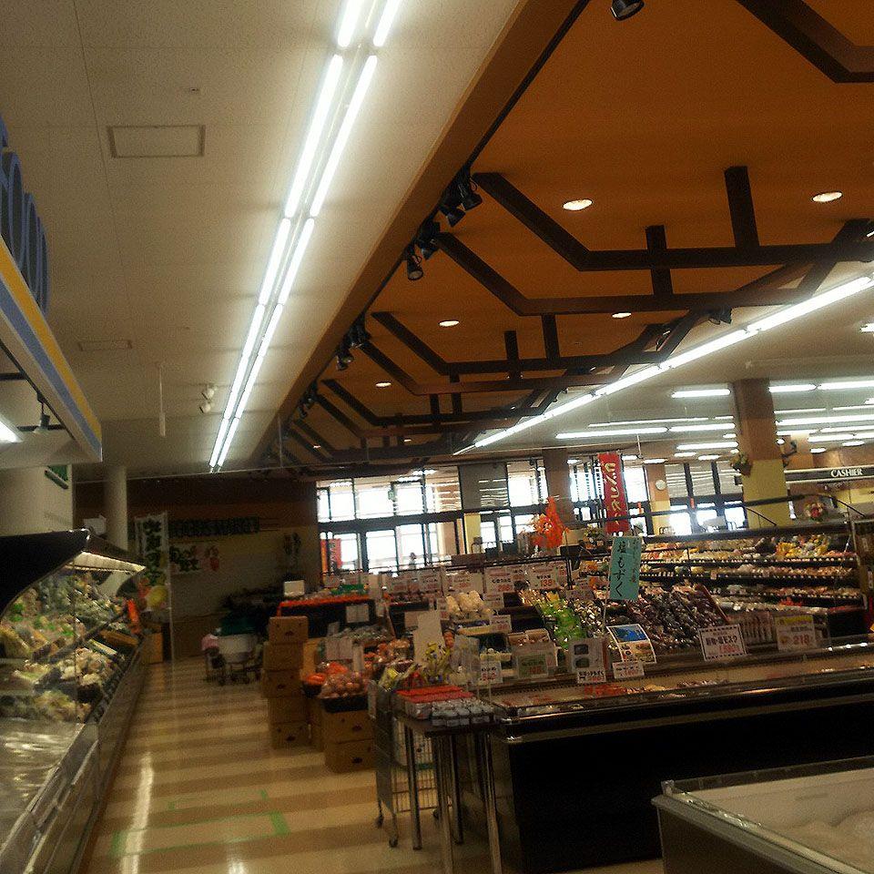 食品スーパーの蛍光灯をLED照明に交換しました③